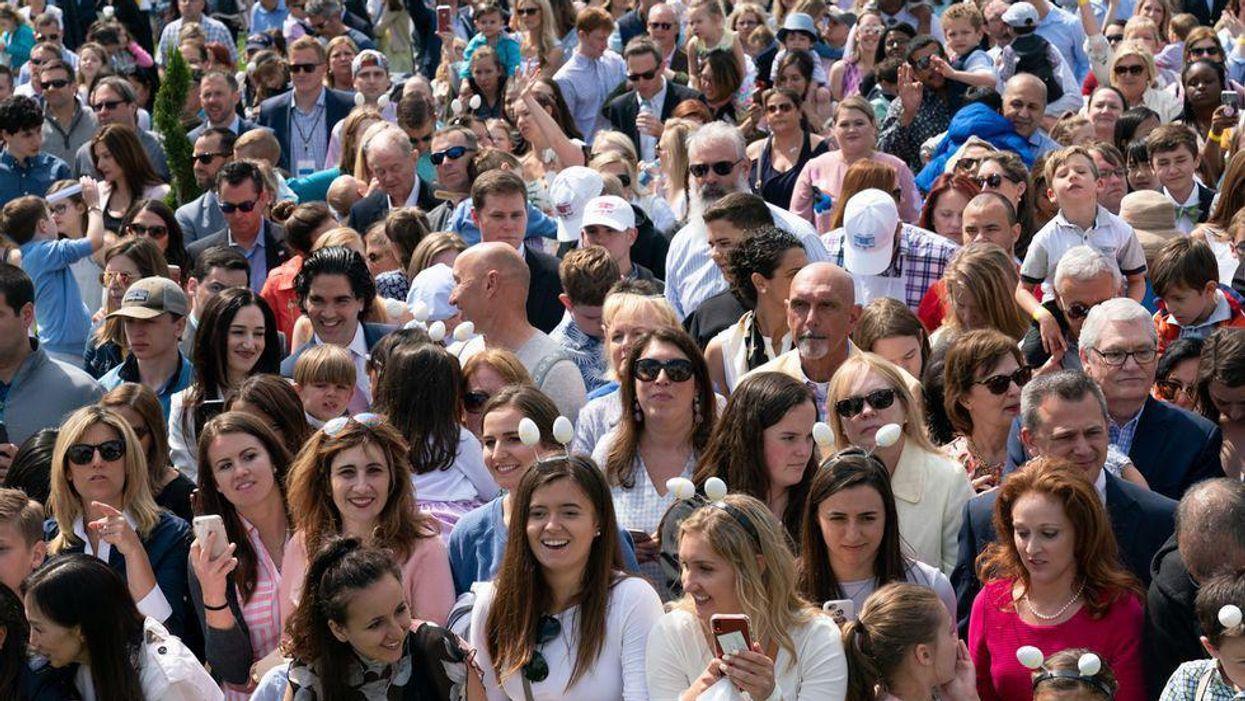 crowd audience voters