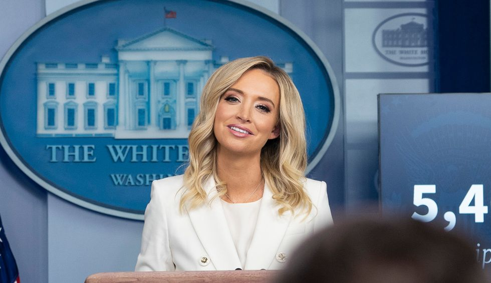 Kayleigh McEnany paints a devastating picture of Trump — blinkered, ignorant, and bumbling
