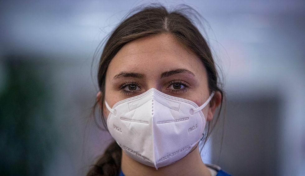 Pandemic ethics: Should I visit my mother?