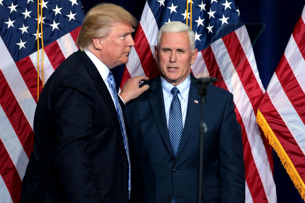 This Bombshell Report Details How Pence Could Be a 'Star Witness' in Mueller's Obstruction Case Against Trump