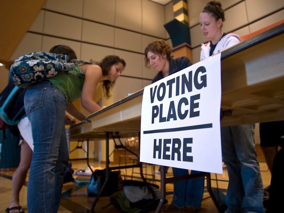 Recruiting poll workers is key to thwarting Trump's attacks on our voting systems