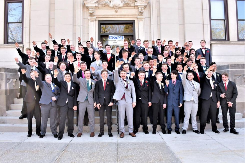 The photographer who took a photo of high schoolers giving a Nazi salute just gave a ridiculous explanation for the racist pose
