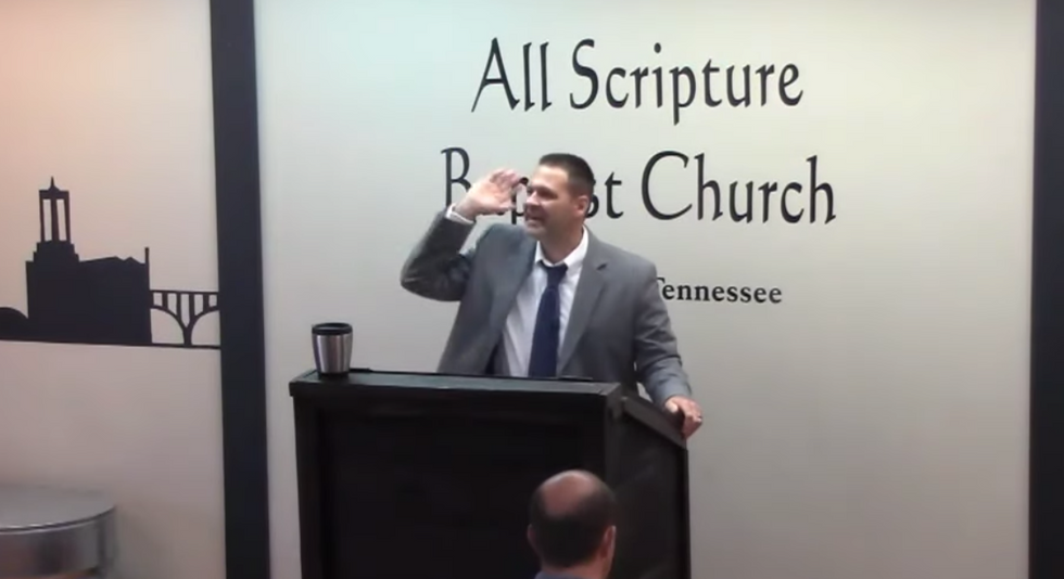 Sheriff's detective touts the Bible to call for executing LGBT people — says he's 'sick of sodomy'