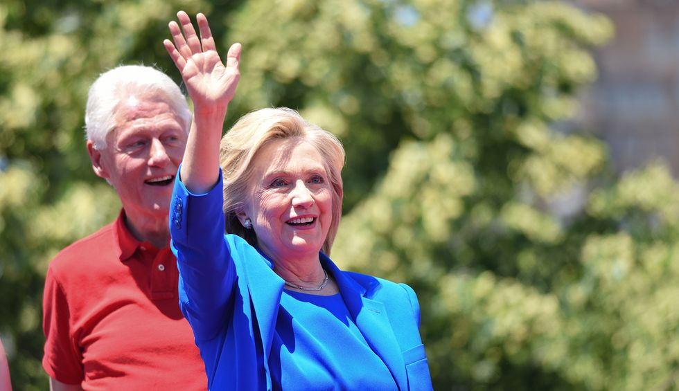 DC press whitewashes its role in 2016 email fiasco after State Department exonerates Clinton