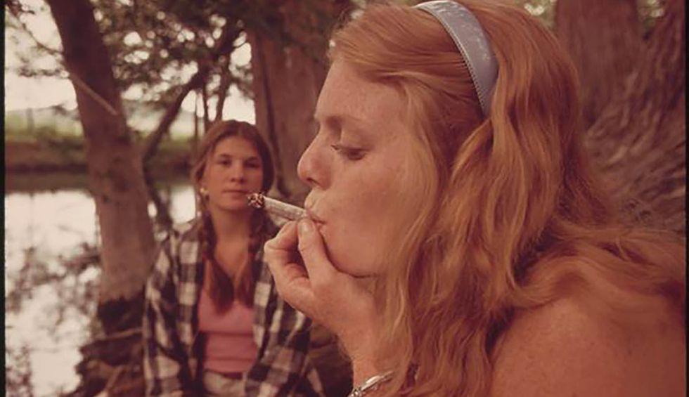 It's official: Illinois legalizes marijuana