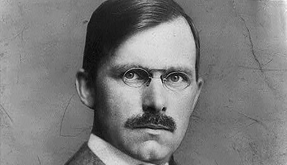 Here's the 1918 role model for Sarah Sanders' eventual successor as White House press secretary