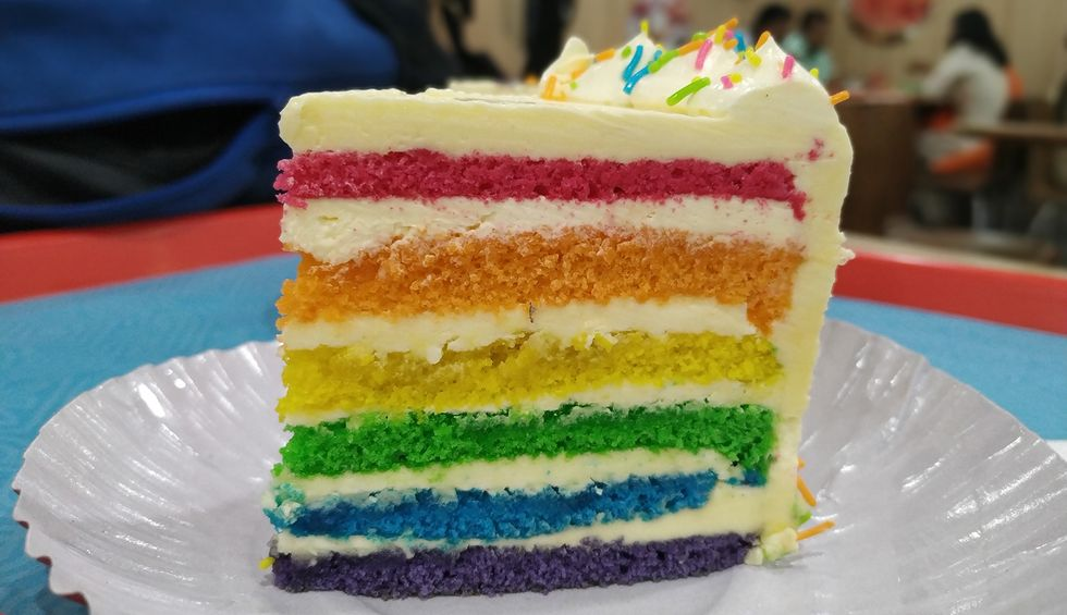 Kentucky Christian school expelled 15-year-old over photo with rainbow cake and sweater: mom