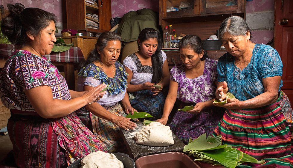 Trump bullies Guatemala into siphoning asylum seekers