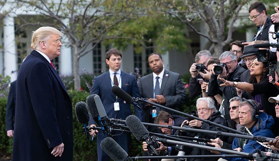 Do White House reporters have any idea what's happening inside Trump's White House? Not according to this media expert