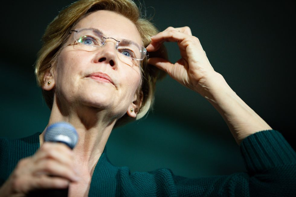 Elizabeth Warren asks why the Justice Department went easy on big banks