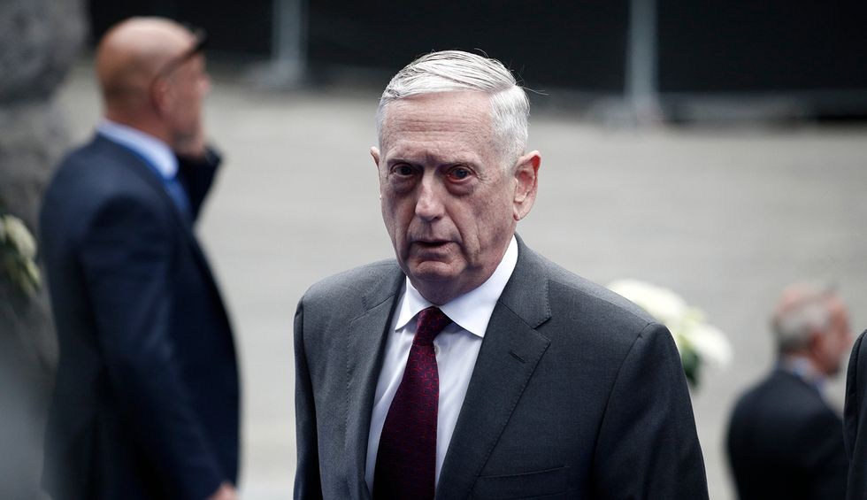 Conservative writer blasts former Defense Secretary Mattis for refusing to speak candidly about Trump: He 'is not a moral hero — he is enabling the criminal to escape'