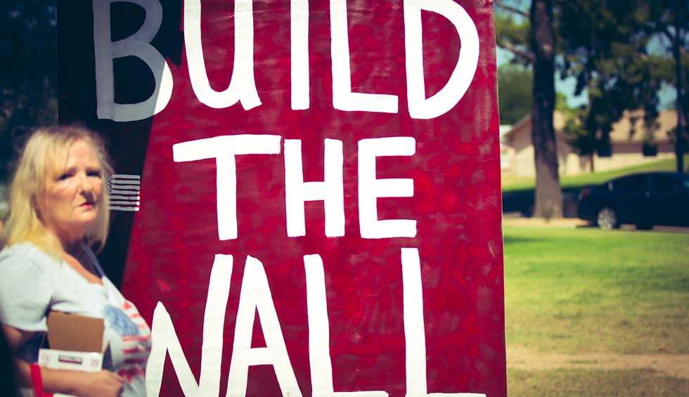 Trump's wall doesn't exist — and even the GOP is backing away