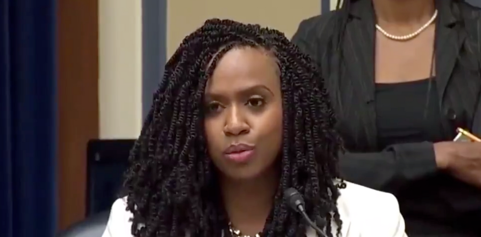 AOC and Ayanna Pressley grill Trump officials over the cruel treatment of immigrants