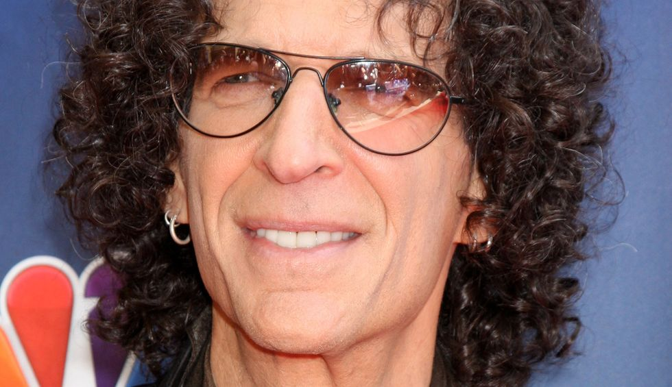 Howard Stern: 'My buddy' Donald Trump 'thinks he's the best president there ever was' — but he 'doesn't give one sh*t about public service'