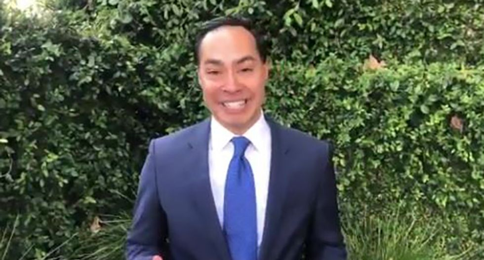 Julián Castro unveils education plan with focus on pre-K and tuition-free college