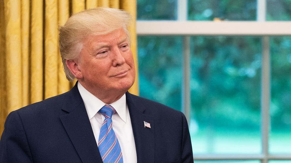 Trump throws out completely bananas argument for ignoring impeachment — and basically acting like a king