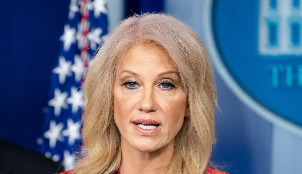 Fox News host repeatedly fact-checks Kellyanne Conway's alternative Democratic Convention facts
