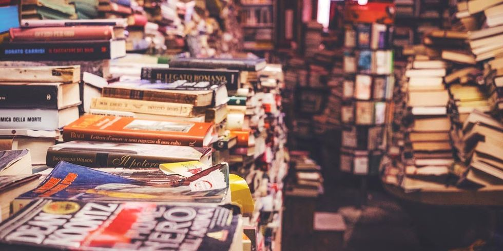 Complete your book list and absorb information faster with these speed reading techniques