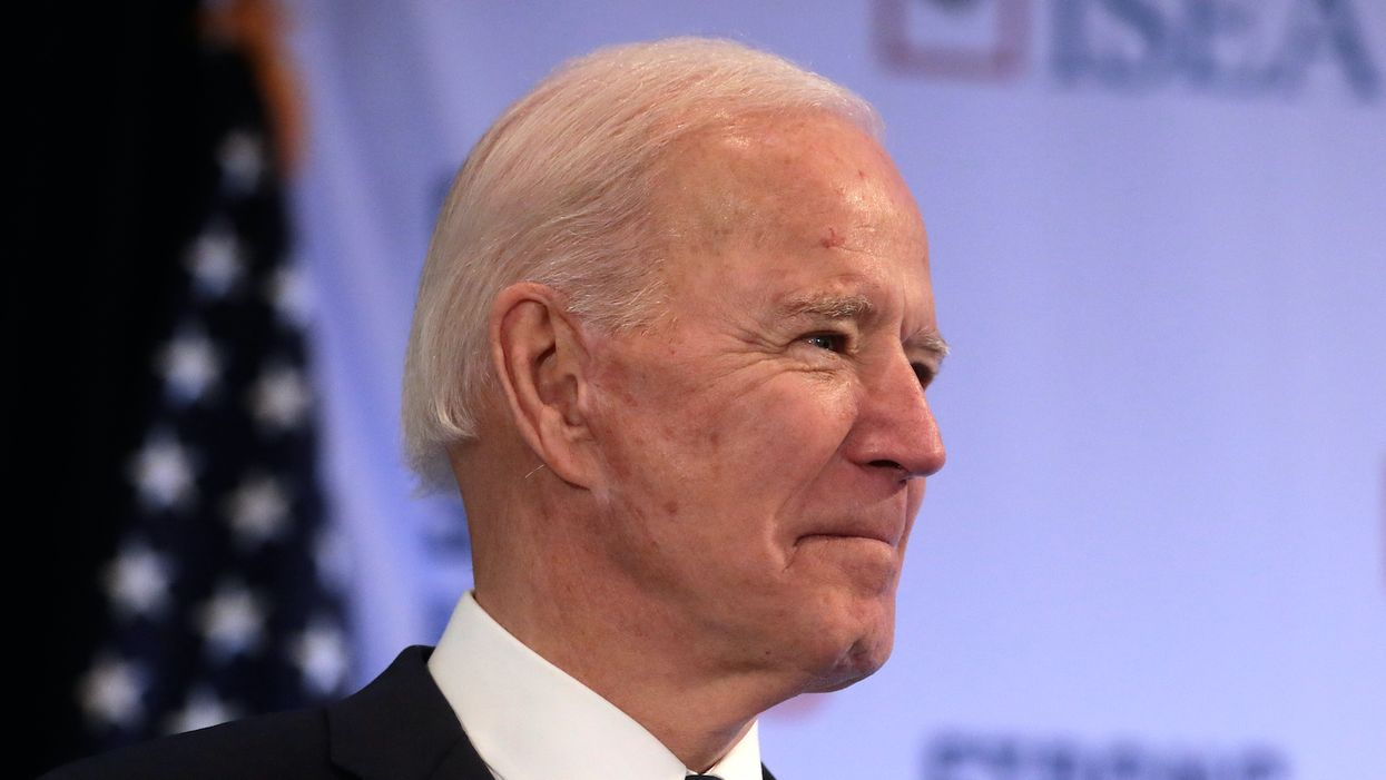 Former military doctors urge vote for Biden to save Americans' 'health, security and future'