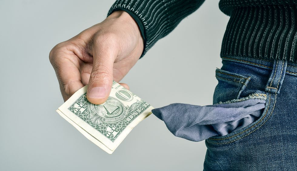 Here are 4 reasons why millennials don't have any money: Robert Reich