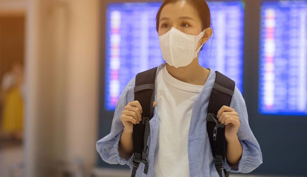 Should you fly? An epidemiologist and an exposure scientist walk you through the decision