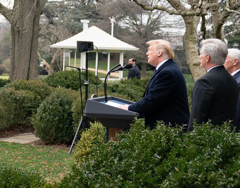 Trump may declare emergency 'as soon as next week' before shutdown tanks the economy: Fox Business