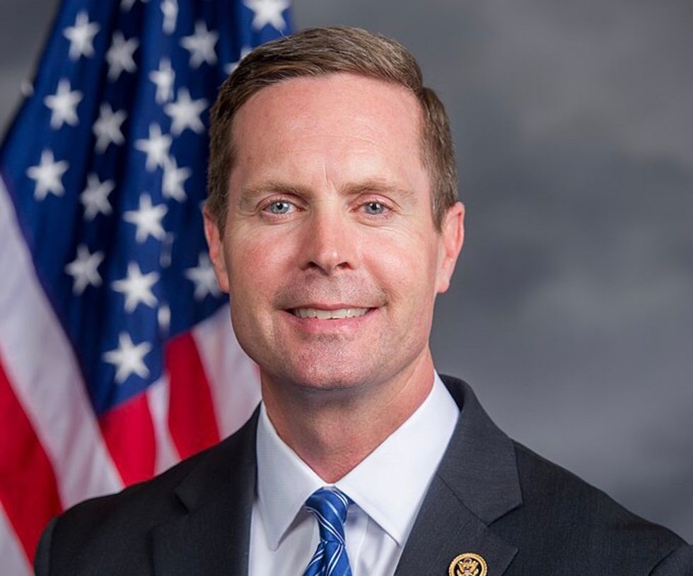 GOP congressman berated by fellow passenger for flying first class during shutdown