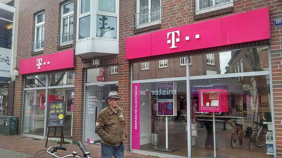 'This merger is a monopolistic Disaster': Consumer groups decry approval of T-Mobile/Sprint deal