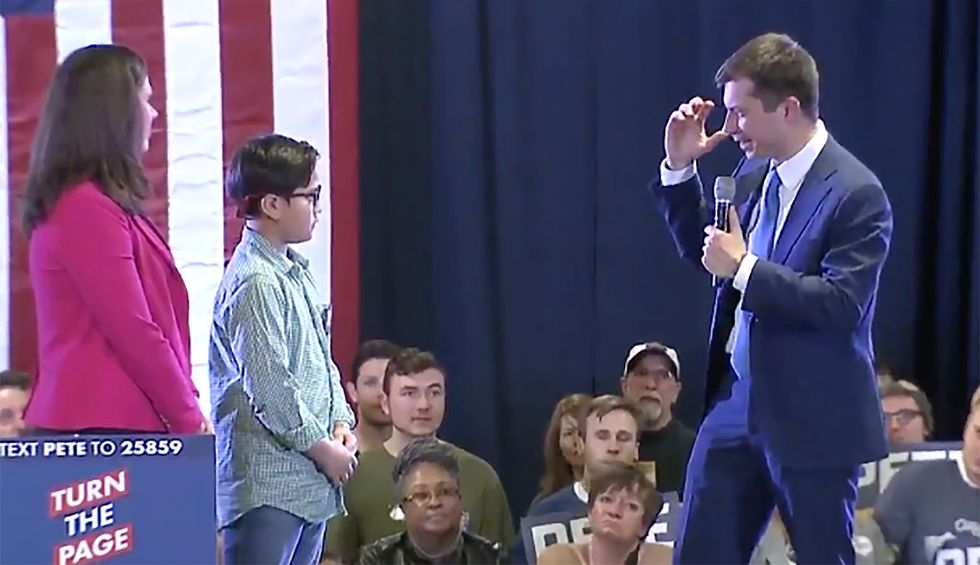 Child at rally asks Pete Buttigieg for advice on coming out