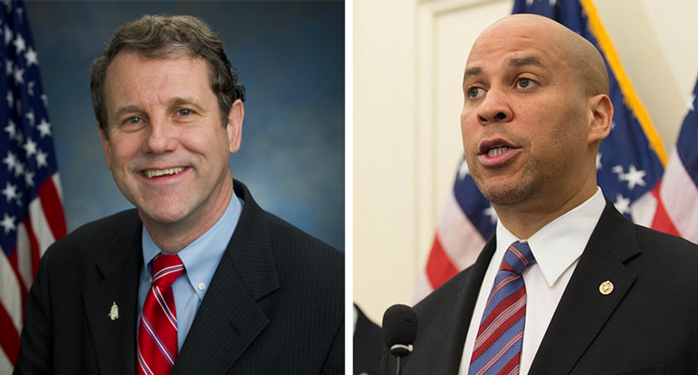 Sherrod Brown politely jabs Cory Booker for cribbing his 'dignity of work' platform — and shows how 2020 Dems can work together to crush Trump