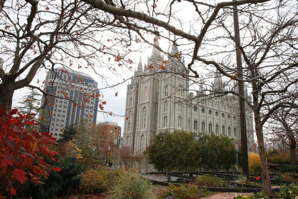 Mormon Church halts all public gatherings worldwide