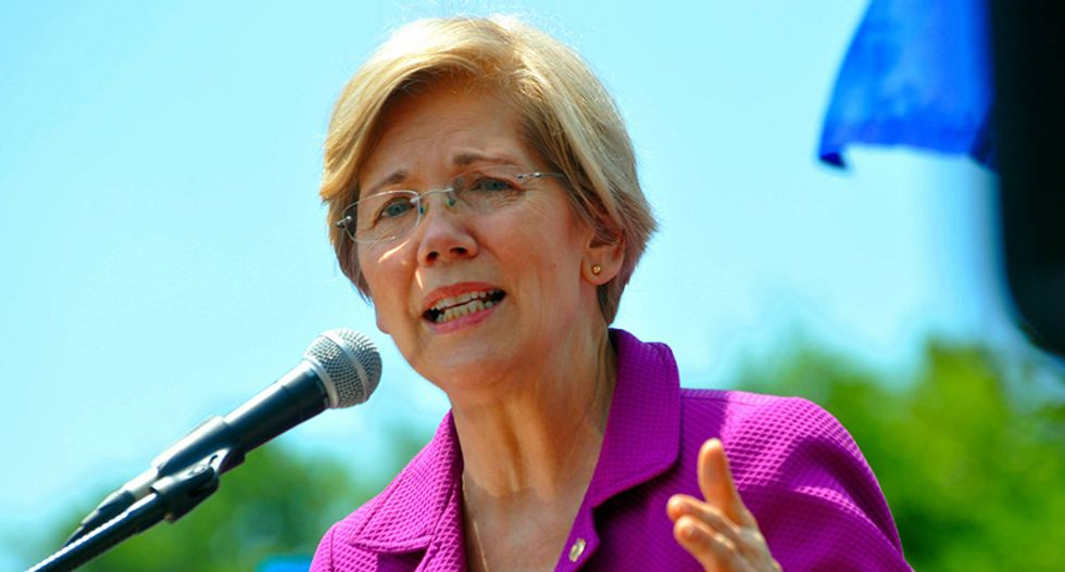 Elizabeth Warren comes out swinging against Joe Biden — and makes clear the Democratic primary will be fierce