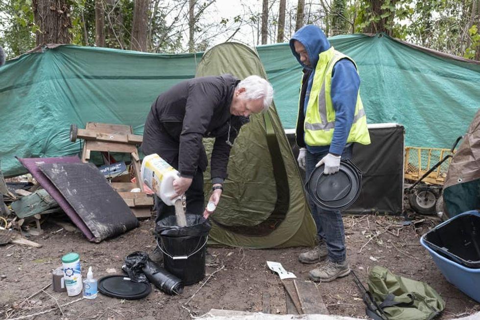 Lack of bathrooms, sanitation leaves unsheltered homeless less protected against coronavirus