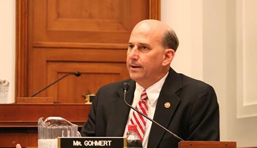 Fact checker busts GOP Rep. Louie Gohmert for hyping nonexistent 'magic powder' that purportedly kills COVID-19 instantly
