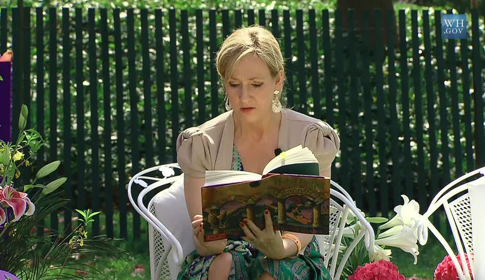 J.K. Rowling says 'breathing exercises' helped her beat COVID-19. Here's what experts say