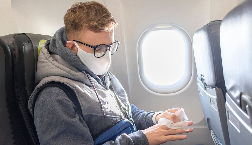 Consumer coalition calls on Trump administration to implement mask-wearing mandate for all airline travel