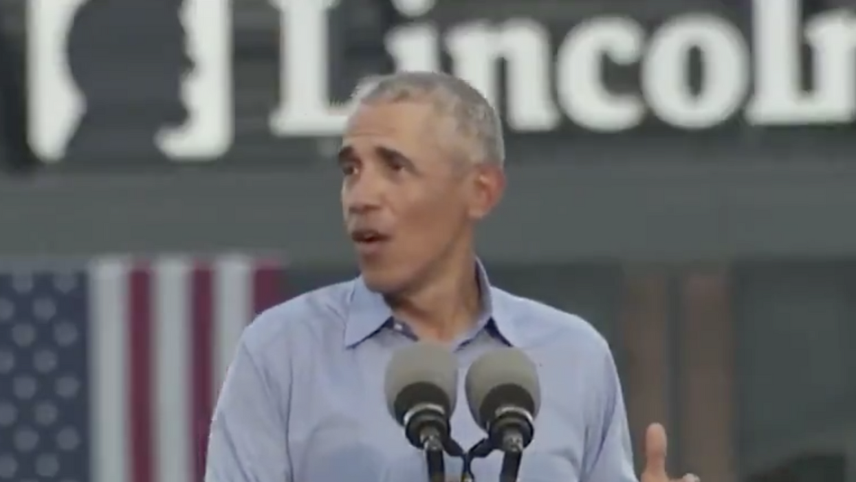 Obama goes off on Trump for reportedly having a 'secret Chinese bank account'