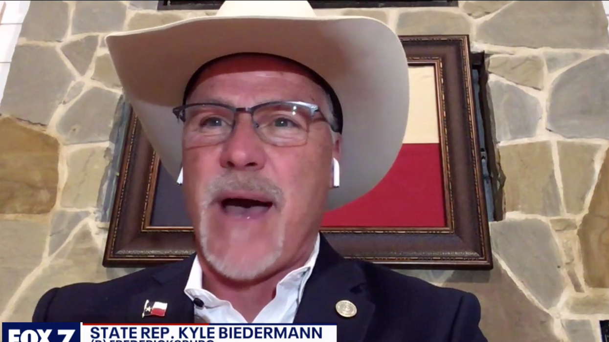 Republicans and fringe secessionist groups are no longer separate — they're joined at the hip: conservative
