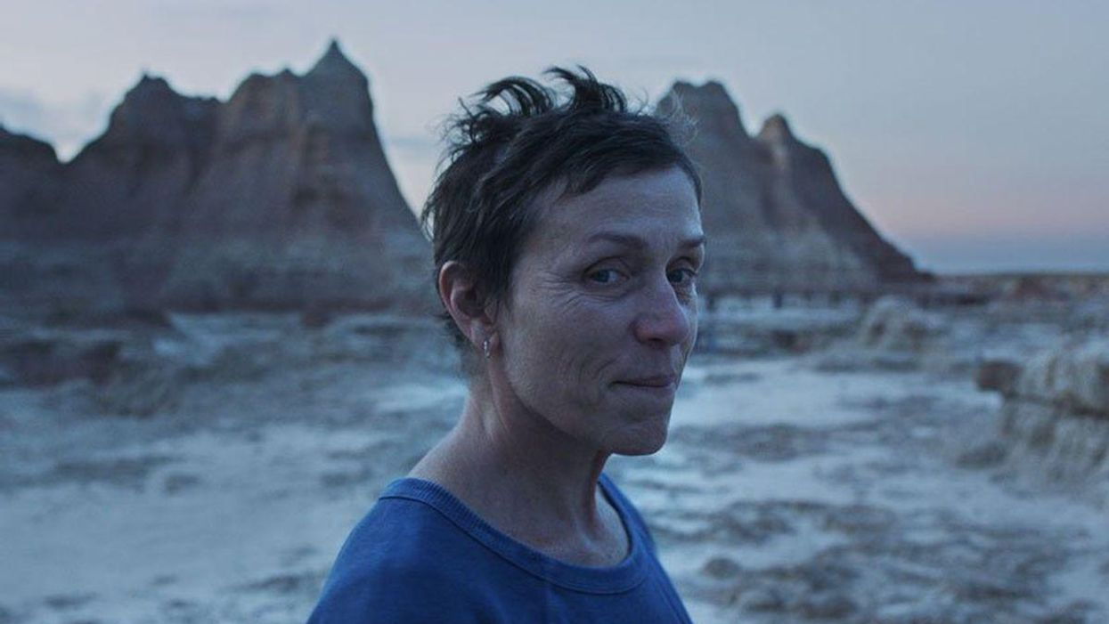 Frances McDormand journeys to an Oscar-worthy performance in Chloe Zhao's wandering 'Nomadland'