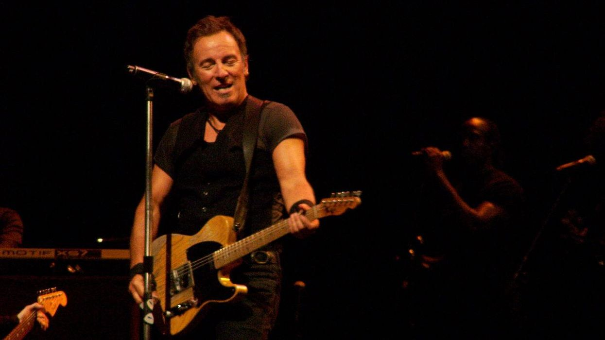 Official says Bruce Springsteen was arrested for driving while intoxicated in 2020