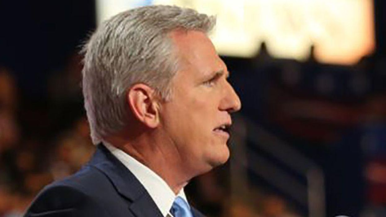 Kevin McCarthy throws one of his own under a bus — and falls on his face