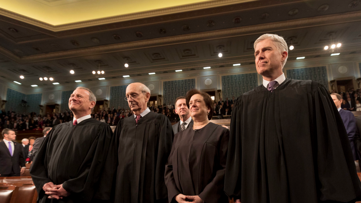 The Supreme Court punts a major question on women and the military draft to Congress
