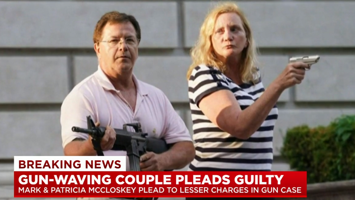 Infamous couple who brandished guns at BLM protesters must now turn over their firearms