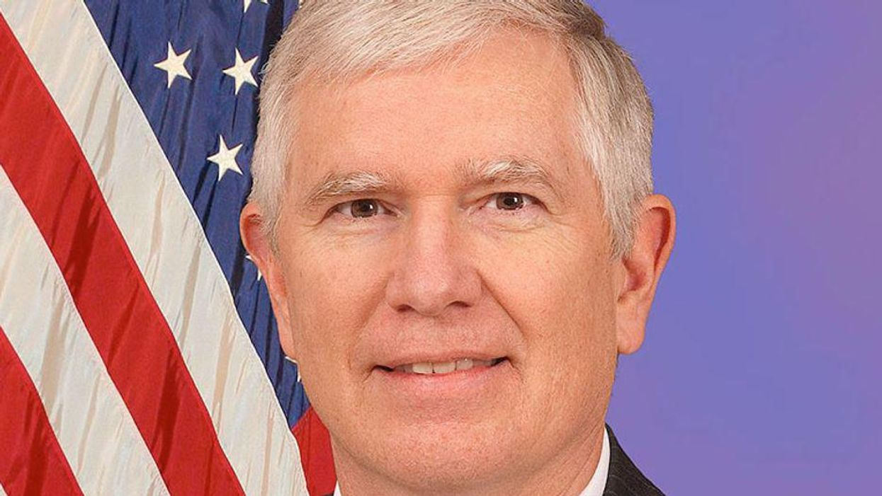 Mo Brooks obtains arrest warrant for man who served his wife with Eric Swalwell's Jan. 6 lawsuit