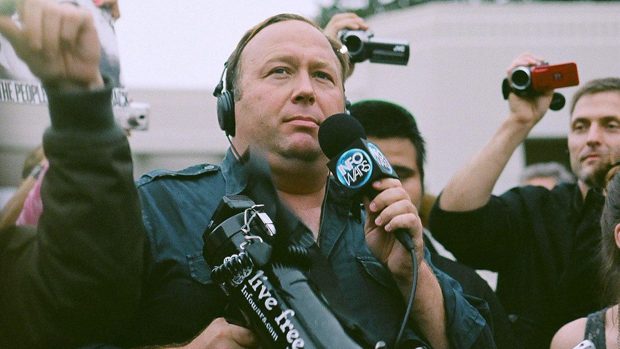 Alex Jones is 'claiming that he coordinated' with the Trump White House on Jan. 6: report