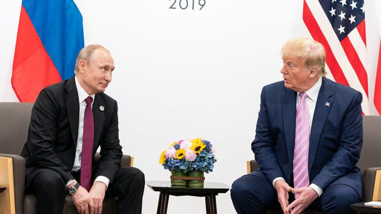 Intelligence security experts react to bombshell new Trump-Putin allegations with skepticism