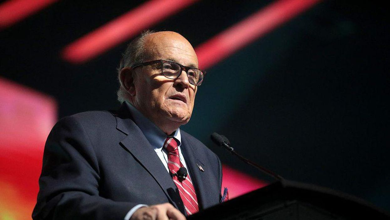 Trump appears to be preparing to throw Rudy Giuliani under the bus
