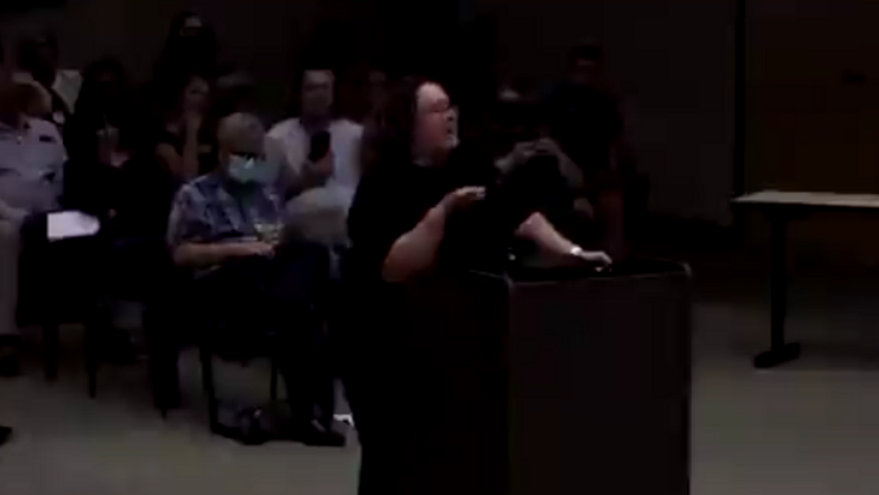 'This is America': Arizona anti-masker tells school board 'the science is ridiculous' — parents applaud