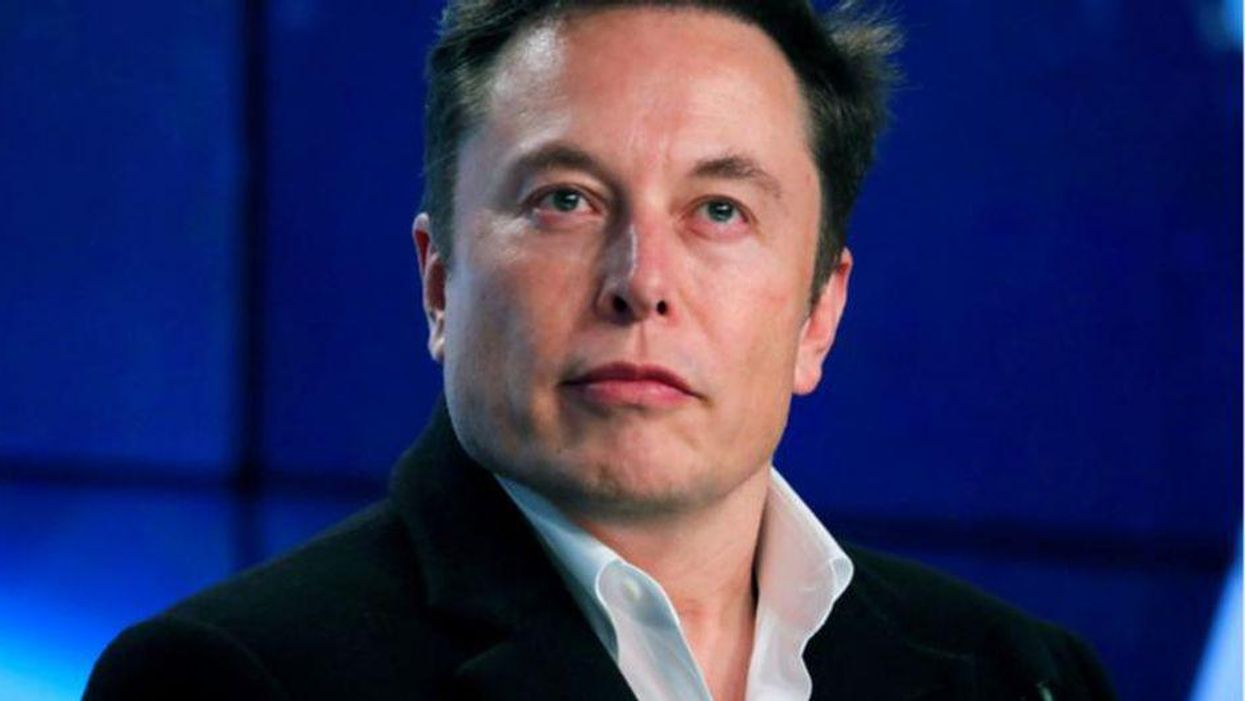 Elon Musk loves Texas' right-wing 'social policies' — at least according to Greg Abbott