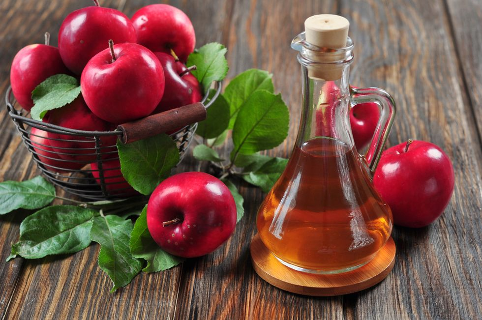 Is Drinking Apple Cider Vinegar Good For You? A Doctor Weighs In